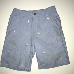 Boys light blue shorts with sailboats ⛵️
